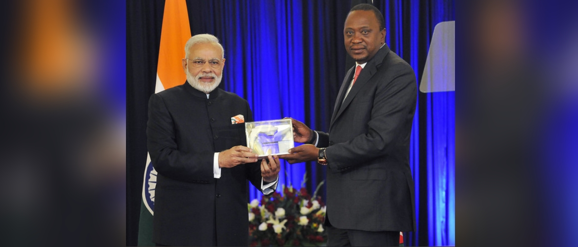 Hon'ble Prime minister of India H.E Mr. Narendra Modi presenting a model of Bhabhatron, state of the art made in India cancer therapy machine to Hon'ble President of H.E  Mr. Uhuru Kenyatta during his state visit to Kenya in July, 2016